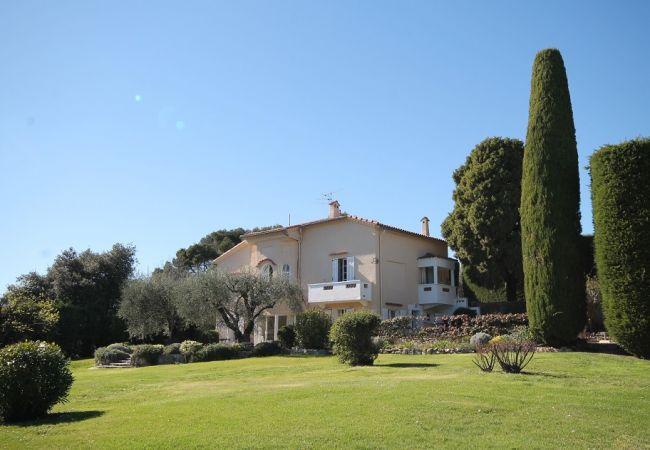 Villa a Mouans-Sartoux - HSUD0095