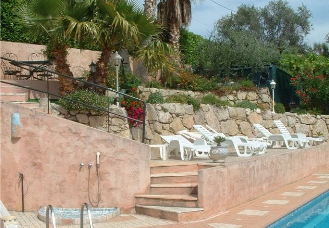 Villa a Cagnes-sur-Mer - HSUD0714