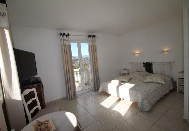 Villa a Mandelieu-la-Napoule - HSUD0068