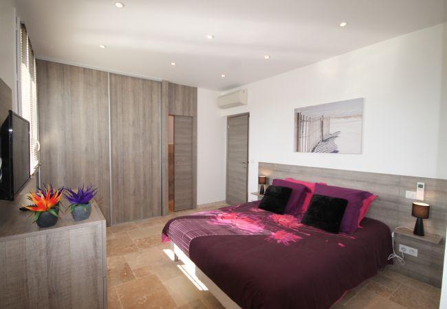 Villa a Mandelieu-la-Napoule - HSUD0032
