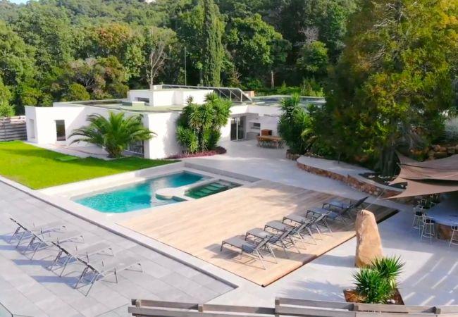Villa a Mandelieu-la-Napoule - HSUD0040